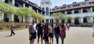 From Paris to Surabaya, Indonesia: My Internship Abroad Experience